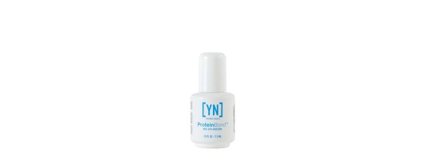 Young Nails Proteinbond een zuurvrije bonder.